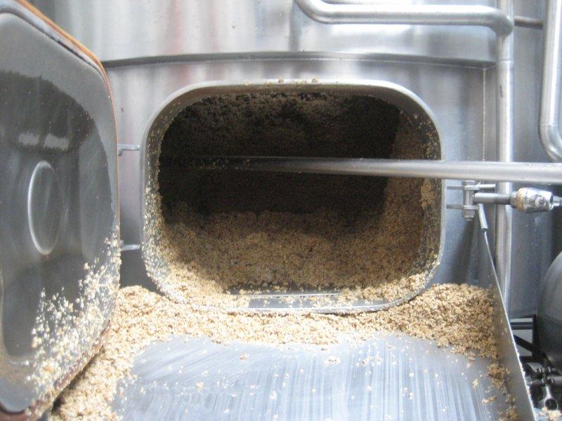 emptying the spent grain